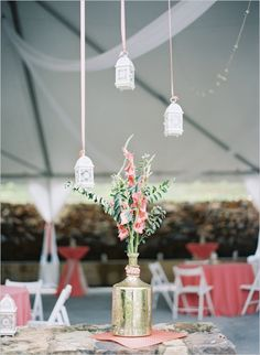 hang lanterns from ribbons #weddinglanterns #southernwedding #weddingchicks  http://www.weddingchicks.com/2013/12/27/stately-southern-wedding/
