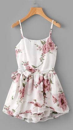 Summer Romper Outfit Ideas for Teens for Women 2018 - Spring Dressy Vintage Chiffon Floral Dress Romper in White - Ideas de trajes de verano mameluco - www.GlamantiBeauty.com #summerstyle #outfits