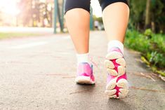 health benefits of walking: walking is a great sport and an easy way to protect and improve your overallhealth.It is a free sport that does Weight Gain, Weight Loss, Health Benefits Of Walking, Nutrition Sportive, Fitness Motivation, Fitness Quotes, Hard Workout, Lower Blood Pressure, Physical Activities