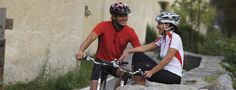 Entdecken Sie S�dtirols sch�nste Pl�tze mit dem Fahrrad. Im Hotel Anderlah in Partschins stehen Ihnen Fahrr�der zur Verf�gung. undefined