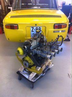 Alpine Renault, Classic Race Cars, Goodwood Revival, Car Engine, Limousine, Go Kart, Old Cars, F1, Vintage Cars
