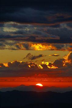 Himalayan sunset - India trip, Oct 2007  Amazing...  http://www.3elephants.in  http://www.facebook.com/3elephants.cheraibeach ***