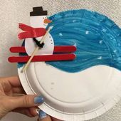 activity time with kids :) on Ins Winter Art Projects, Christmas Crafts For Kids, Xmas Crafts, Crafts For Teens, Winter Christmas, Projects For Kids, Diy For Kids, Kindergarten Crafts, Preschool Crafts