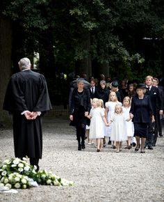 Princess Mabel daughters Zaria and Luana with Princess Beatrix lead Dutch royal family to the church for the funeral of Prince Johan Frso 8/16/13