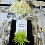 Love the toile runners - the black and white theme and that pop of bright green!