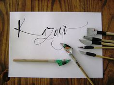 Cola pen by Mónika Germann Calligraphy Tools, Calligraphy Tutorial, How To Write Calligraphy, Calligraphy Letters, Graphic Design Letters, Lettering Design, Hand Lettering, Arte Pop, Writing Styles