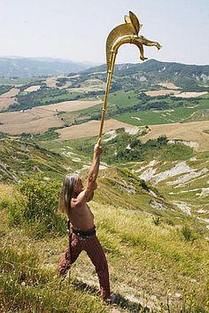 carnyx, trompette de guerre celte au son rauque et puissant