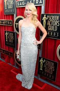 Naomi Watts at SAG Awards 2013 in a Marchesa gown and Faberge earrings.