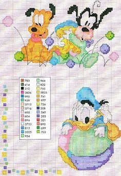 Mais gráficos em ponto cruz dos bebês Disney  para bordar em fraldinhas, acessórios e roupinhas de bebê.  Tem gráficos do Mickey Mouse e Mi...