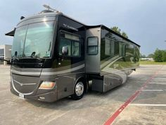 2007 Fleetwood Discovery 39', Diesel, For Sale in Spring, TX - Top Choice RV Fleetwood Discovery, Full Body Paint, Oil Service, Used Engines, Rv For Sale, New Tyres, Fuel Economy, Get Directions, Exterior Colors