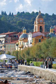 Primavera # Barilla en Italia preciosa provincia de Lerici,  Italia