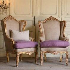 One of a Kind Vintage Bergeres Italianate Gold Set of 2