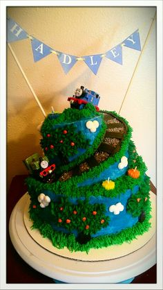 Thomas the Train birthday cake by Chaley Harney Thomas Birthday Cakes, Thomas Birthday Parties, Thomas Cakes, Trains Birthday Party, 2nd Birthday, Birthday Ideas, Hot Wheels Birthday, Animal Cakes, Occasion Cakes