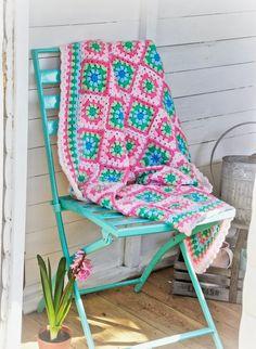 @ Helen Philipps: Marshmallow Granny Square Blanket
