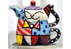 Romero Britto´s teapot