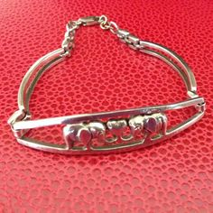 Hey, I found this really awesome Etsy listing at https://www.etsy.com/listing/240560553/sterling-silver-elephant-love-link