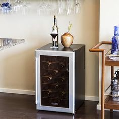 Koldfront 28 Bottle Free Standing Single Zone Wine Cooler Secondary Image