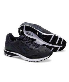 buy online 23f73 0b11d Diadora Mythos Blushield HIP 3 W Black Black White - Dame løbesko  running
