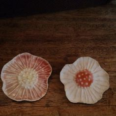 #chumart  陶に七宝彩色の花のブローチ  #Brooch #fujino #ブローチ#enamel #ceramic #陶 #七宝 #cloisonne