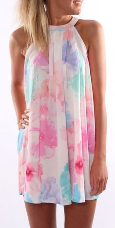 I'm really into the watercolor prints this spring and summer! Love this dress!
