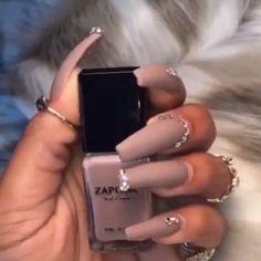 "Sending Nudes  @dellaresse fabulous set using our ""MILAN"" Nail Lacquer + MATTE Top Coat #ZAPORA #ZAPORANailLacquer www.shopzapora.com - Nails/Video by @dellaresse"