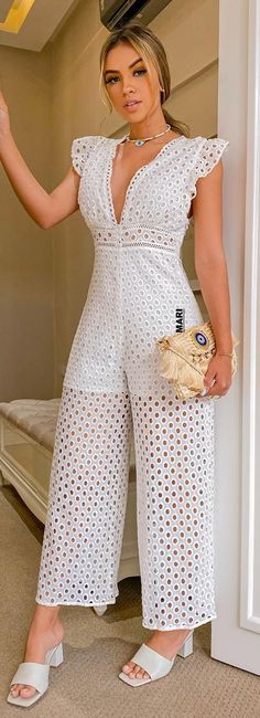 Classy Outfits, Chic Outfits, Bridal Pants, Fashion Pants, Fashion Dresses, Donia, African Print Fashion, Playing Dress Up, Casual Wear