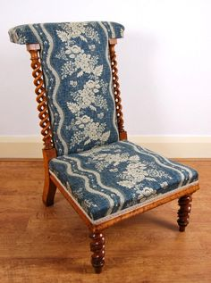 Victorian Maple Prie Dieu/Prayer Chair By R Morrell In Linwood Fabric