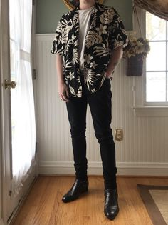 Discover the details that make the difference between the best Street Style Korean Fashion Men, Mens Fashion Blog, Tomboy Fashion, Streetwear Fashion, Daily Fashion, Fashion Outfits, Men's Fashion, Street Fashion, Male Fashion Styles