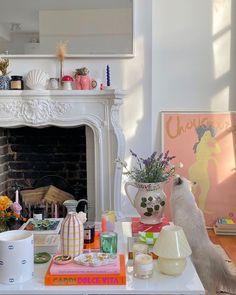First Apartment, Dream Apartment, Apartment Interior, Brooklyn Apartment, London Apartment, Deco Pastel, Pastel Room, Aesthetic Room Decor, Coffee Table Design