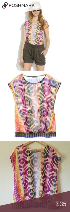 9d3cf0623b52 Broadway   Broome Electric Ikat Top size M Measures approximately from pit  to pit