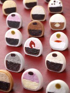 Japanese Daifuku Mochi Cake filled with Vanilla, Chocolate, Cookies and Cream|生クリーム大福