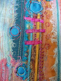 handstitching by Moira Anne Dickson ominnimo (flickr) http://www.flickr.com/photos/21409011@N06/sets/72157603369646209/ http://www.moiraannedickson.blogspot.com/ #embroidery #sewing