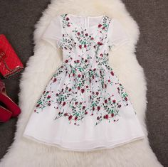 Embroidered organza dress XXA621048