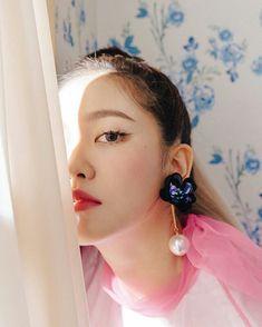 Really Bad Boy is coming 👑🔥 Wendy Red Velvet, Red Velvet Joy, Red Velvet Seulgi, Red Velvet Irene, K Pop, Kpop Girl Groups, Kpop Girls, Divas, Redvelvet Kpop