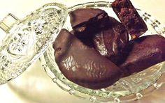 Καριόκες Greek Sweets, Greek Desserts, Greek Recipes, Fish Recipes, Kataifi Pastry, Greek Dishes, Moussaka, Christmas Sweets, Dessert Recipes