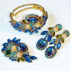 Vintage Juliana D&E Watermelon Heliotrope Blue Rhinestone Clamper Bracelet, Brooch & Dangling Earrings Set, Parure..