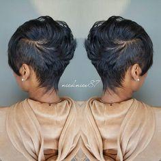 Look Mohawk mignon - short hair - Cheveux Short Black Hairstyles, Straight Hairstyles, Girl Hairstyles, Indian Hairstyles, Bandana Hairstyles, Simple Hairstyles, School Hairstyles, Fancy Hairstyles, Beautiful Hairstyles