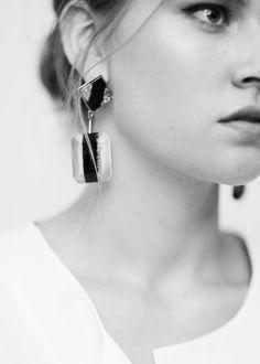 Boucles d'oreilles pierres à facettes | VIOLETA BY MANGO