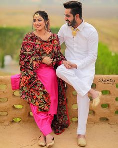 Cute Couple Images, Love Couple Photo, Cute Couple Poses, Couple Photoshoot Poses, Couple Posing, Photo Poses For Couples, Indian Wedding Photography Poses, Wedding Couple Poses Photography, Cute Couples Photos