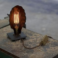 vintage footlight - Tungsten Market - 1