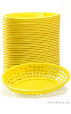 Deli Baskets Yellow Case of Party Outdoor Movie Party, Outdoor Movie Nights, Movie Ideas, Movie Themes, Zombie Party, Hooray For Hollywood, Mellow Yellow, Oscars, Perfect Party