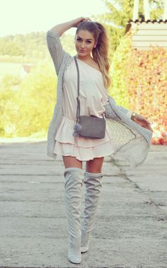 Pink dress outfit, Look con vestido rosa Pink Dress Outfits, Dresses, Vestidos Color Rosa, Over Boots, Street Style, Womens Fashion, Sweaters, Outfit Look, Colorful