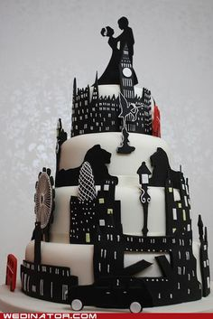 Amazing London themed cake! I wouldnt have london as a theme but i like the idea