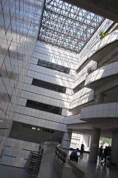 Wiesner Building at MIT, I. M. Pei architect (1985)