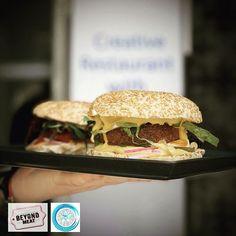 Salmon Burgers, Hamburger, Lime, Ethnic Recipes, Food, Limes, Essen, Burgers, Meals