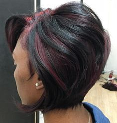 35 Short Weave Hairstyles You Can Easily Copy - African American Stacked Bob - Short Haircuts Black Hair, Short Weave Hairstyles, Chic Short Hair, Black Women Hairstyles, Short Hair Cuts, Bob Hairstyles, Hairstyles Pictures, Mixed Hairstyles, Trendy Hair