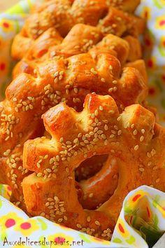 treats the Moroccan brioche Kaak (Kâak khamer) – nanny – # … - nizy for new year Beignets, Food Network Recipes, Wine Recipes, Morrocan Food, Algerian Recipes, Ramadan Recipes, Arabic Food, Arabic Sweets, Food Is Fuel