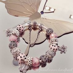 #Pandora #Braccelet For more great pins go to @KaseyBelleFox