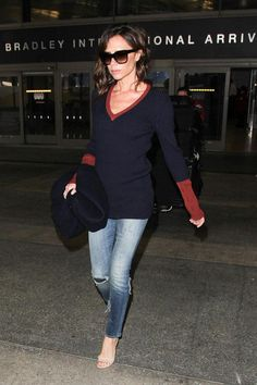 23 Stars Who Have Airport Style on Lock: Victoria Beckham Celebrity Style