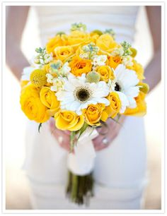 Greer Loves: Lemon Wedding Inspiration: Yellow Bouquets